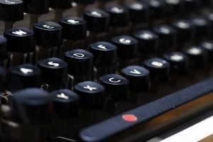A typewriter and a good idea
